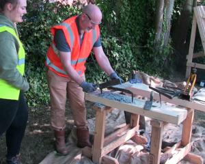 Heritage Skills day-Cutting slate